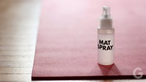 ways to clean your yoga mat