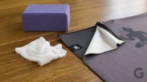 clean a yoga mat