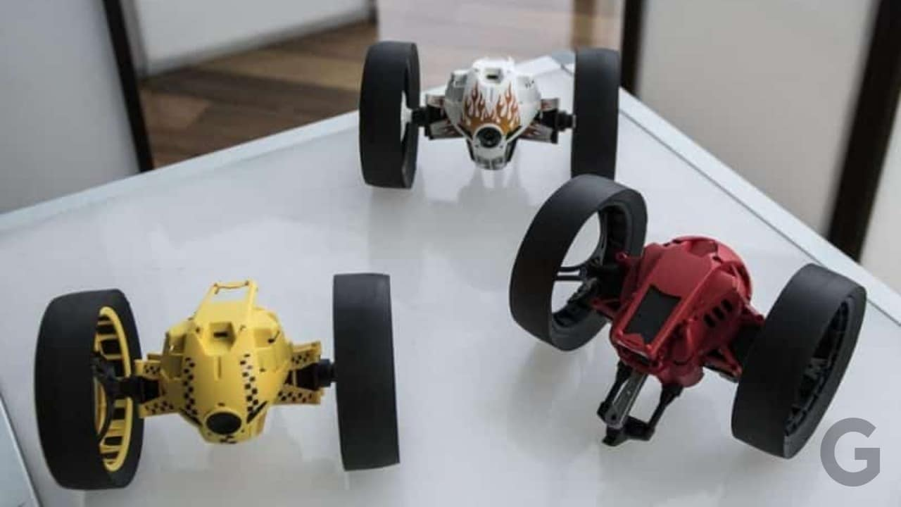 parrot jumping sumo drone review and specifications