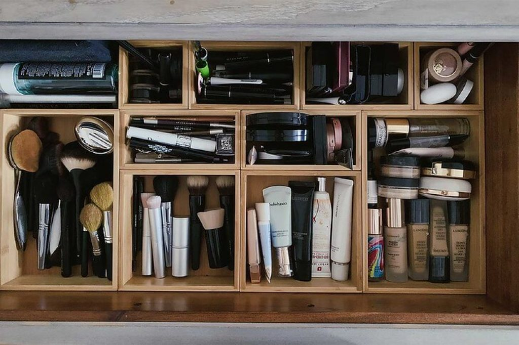 makeup drawer organizer for small spaces
