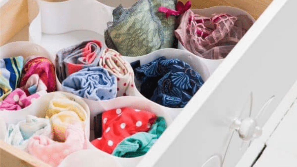 This image has an empty alt attribute; its file name is Clothes-Drawer-Organizer-for-men-1024x576.png