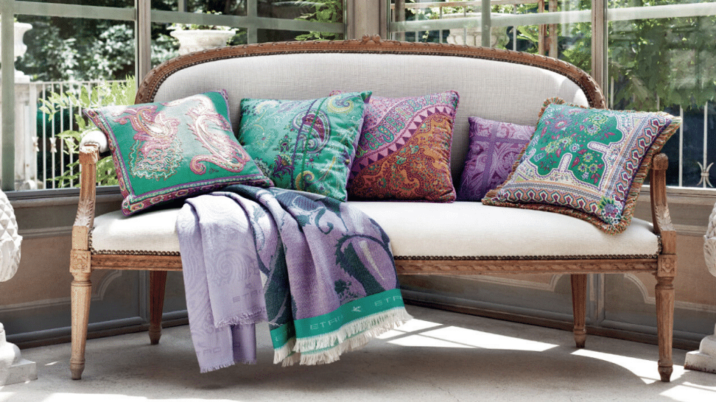 This image has an empty alt attribute; its file name is Large-Couch-Pillows-1024x576.png