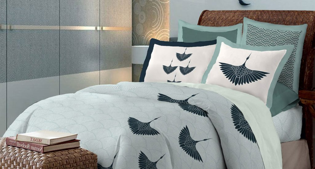 This image has an empty alt attribute; its file name is Throw-Pillow-Sets-1024x550.jpg