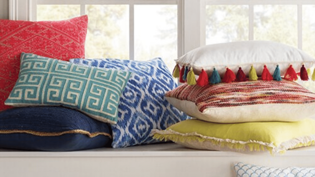 This image has an empty alt attribute; its file name is Throw-Pillow-sets-1-1024x576.png