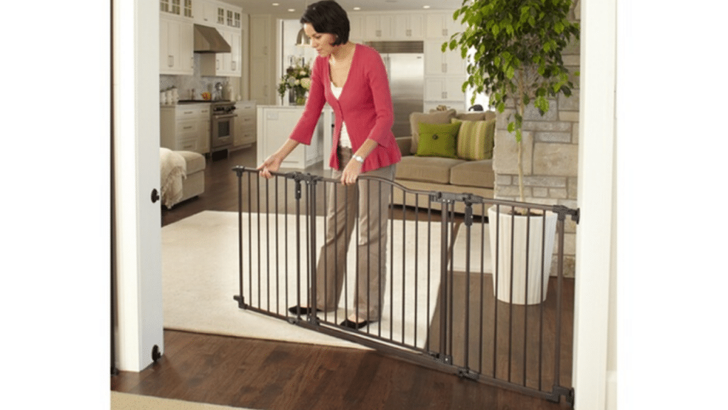 This image has an empty alt attribute; its file name is baby-gate-for-stairs-1024x576.png