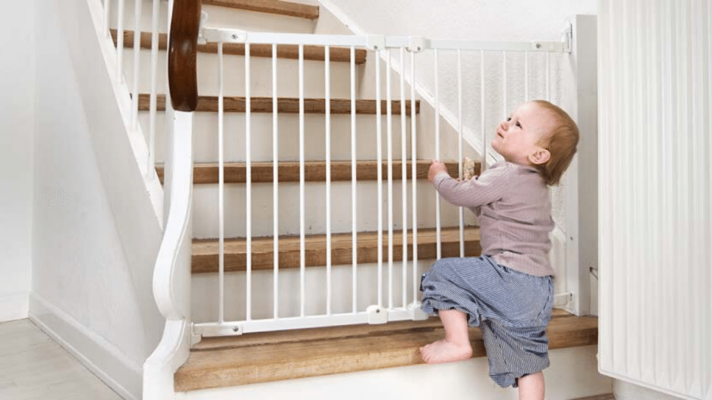 This image has an empty alt attribute; its file name is baby-gate-on-stairs-1024x576.png