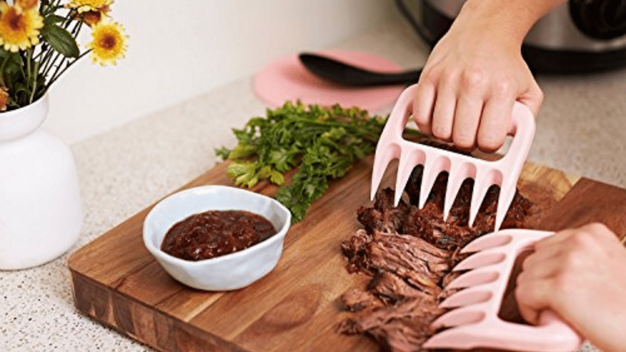 bear claws to pull pork