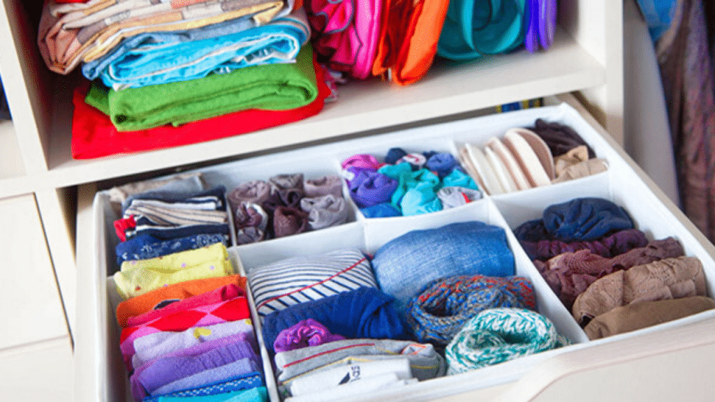 This image has an empty alt attribute; its file name is large-clothes-drawer-organizer-1024x576.png