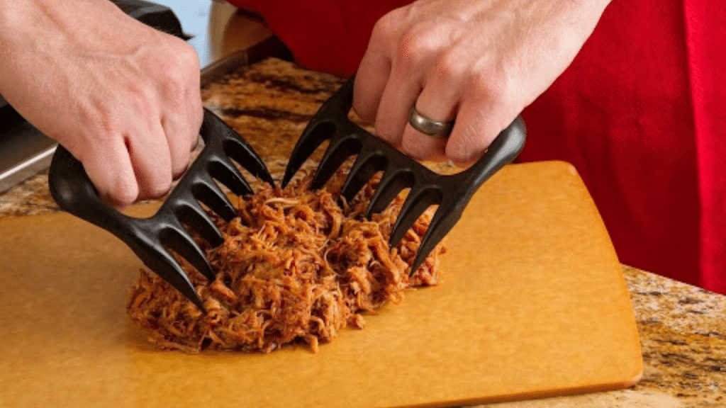 This image has an empty alt attribute; its file name is meat-shredder-bear-claws-1024x576.png