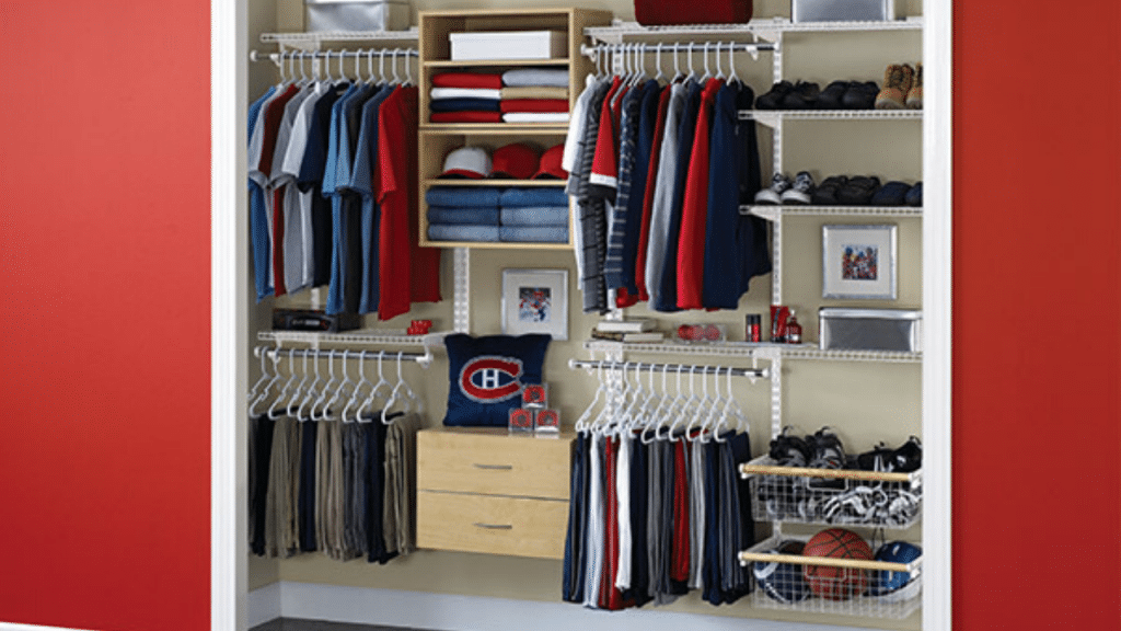 This image has an empty alt attribute; its file name is best-plastic-Clothes-Storage-Box-1024x576.png
