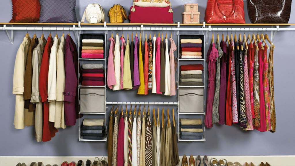 This image has an empty alt attribute; its file name is plastic-Clothes-Storage-Box-1024x576.png