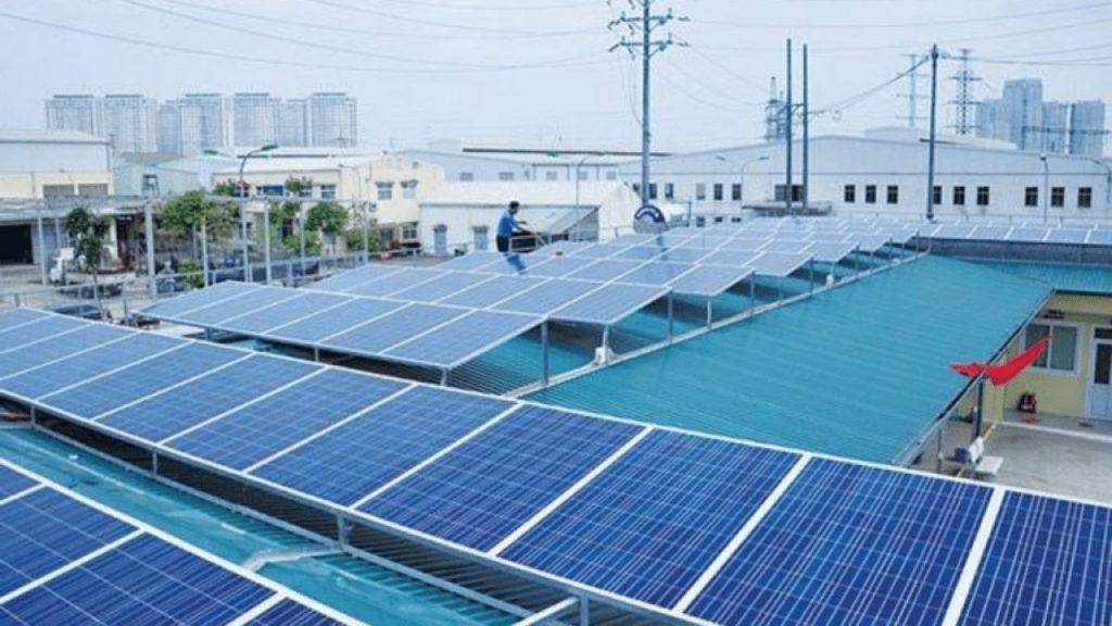 best hybrid solar inverter