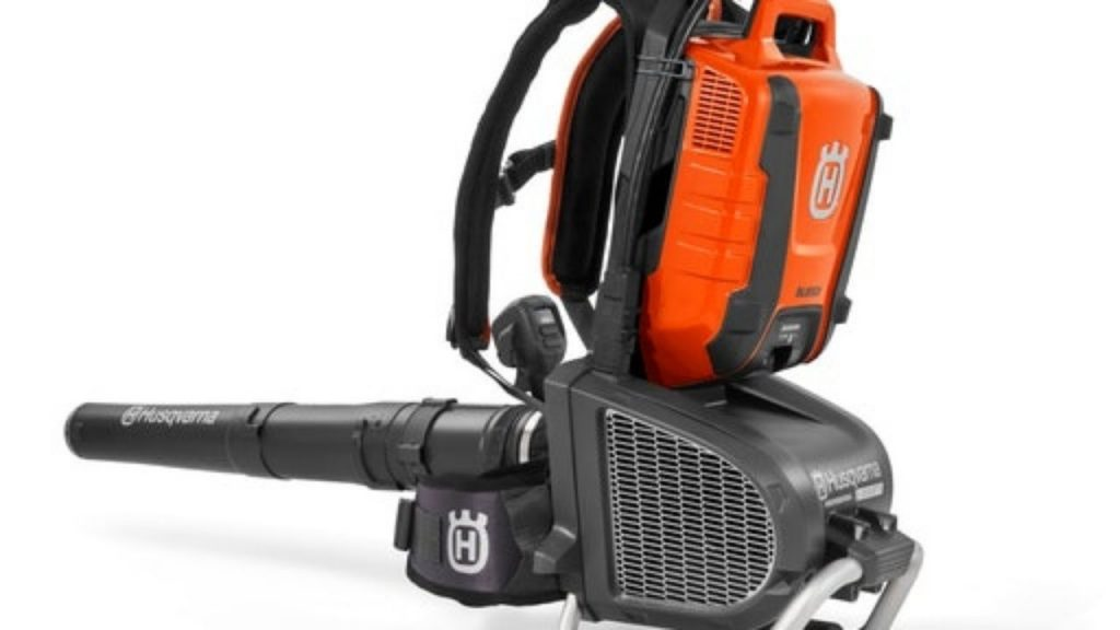 Top 10 Best Backpack Leaf Blowers. Electric, Cordless, Handheld, Battery Powered, And More 1