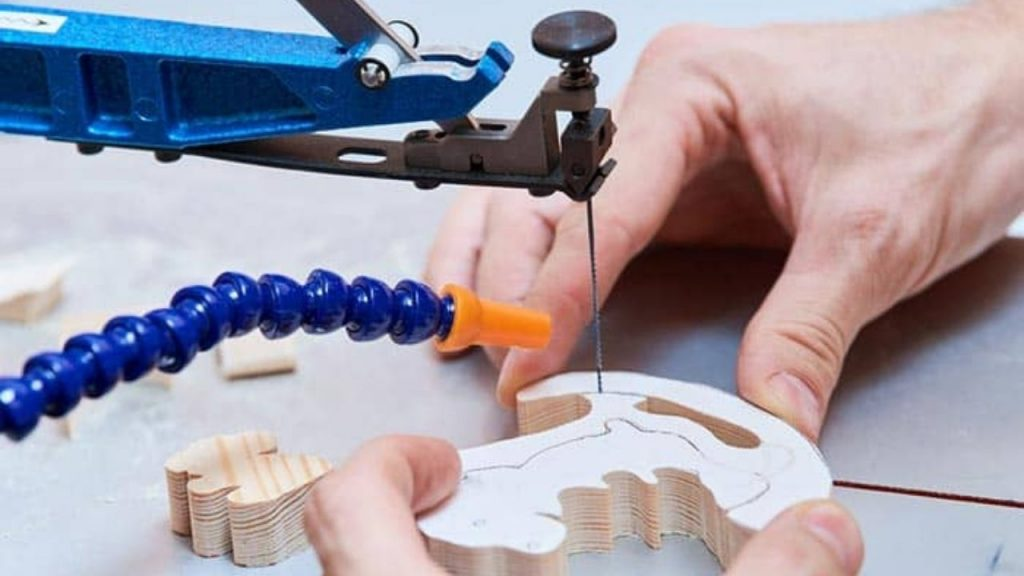 Top 10 Best Scroll Saws: Buyer's Guide and Review 1
