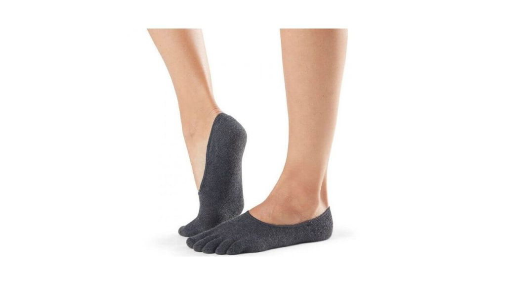 Pic of no show socks