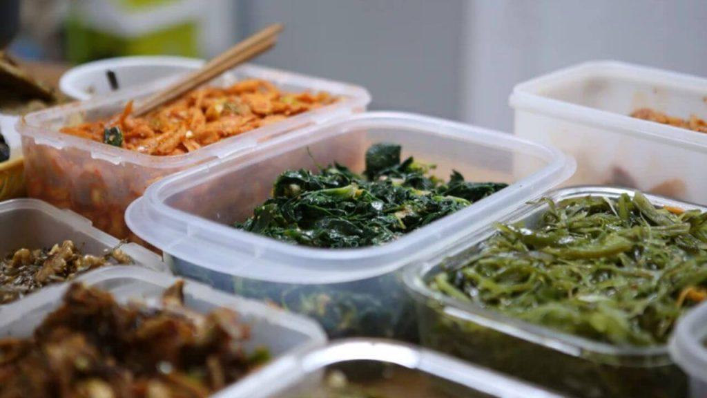 Top 10 Best Food Storage Containers For Kitchen | Glass, Plastic, And More. 4