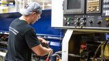 How to Operate a CNC Milling Machine? Best Guide By The GV Experts