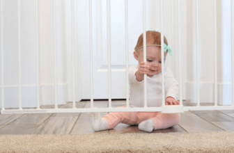Keep Your Baby Safe & Happy In Baby Fence: Go With Modern Baby Care