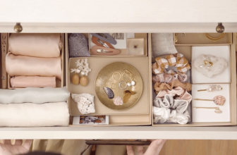 How To Organize Clothes In Wardrobe Clothes Storage Box?